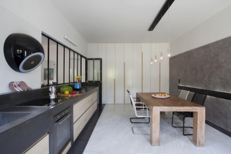 Renovation of a house in N. Voutzas